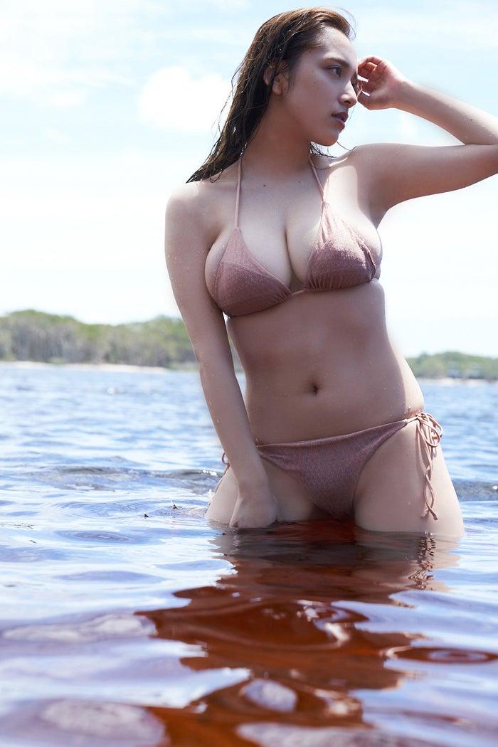 【画像】都丸紗也華さん、チクビ解禁へ